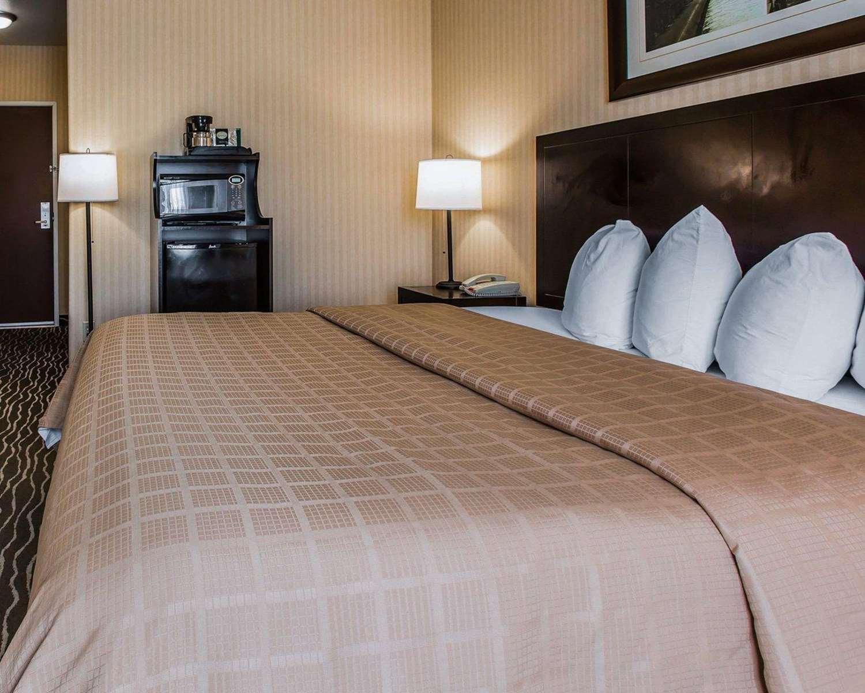 Room - Quality Inn Rosemead