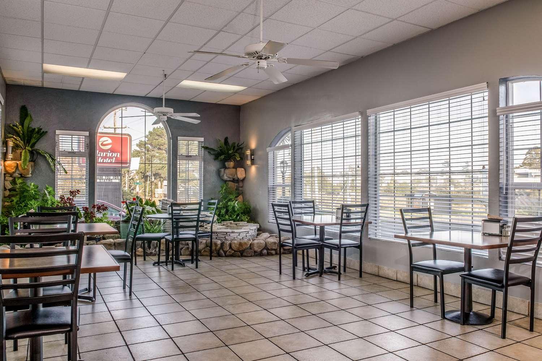 Restaurant - Clarion Resort Eureka
