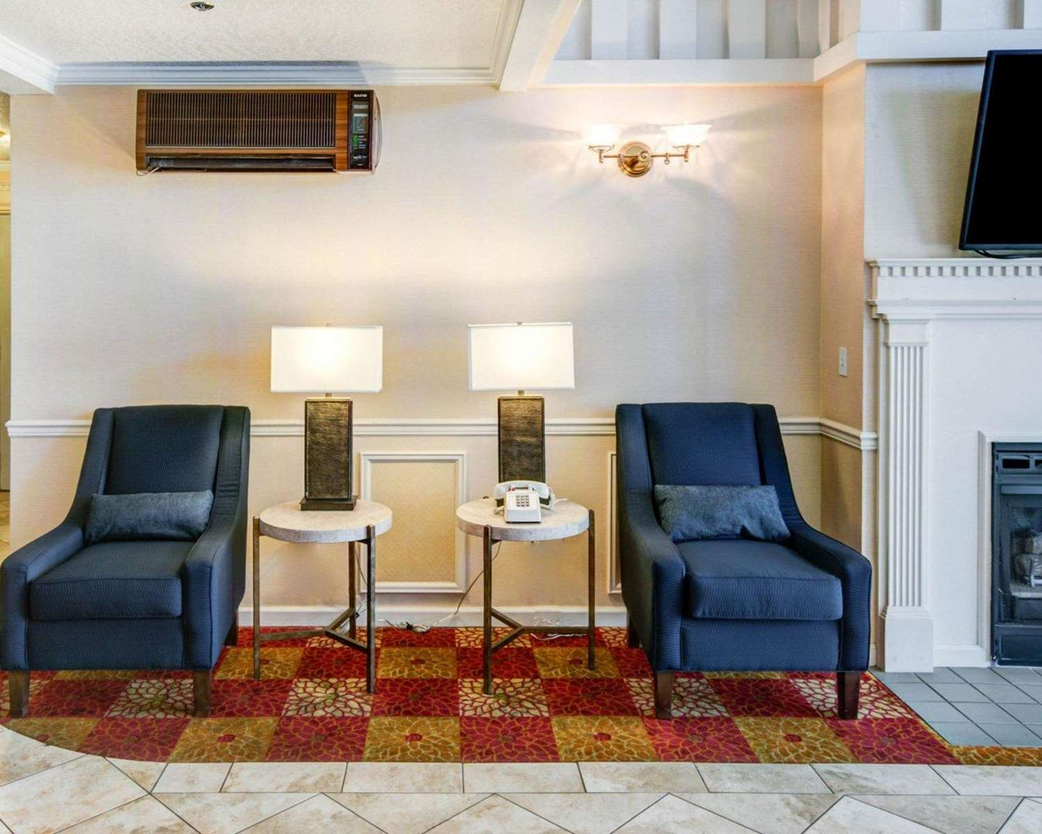 Lobby - Comfort Inn Redding