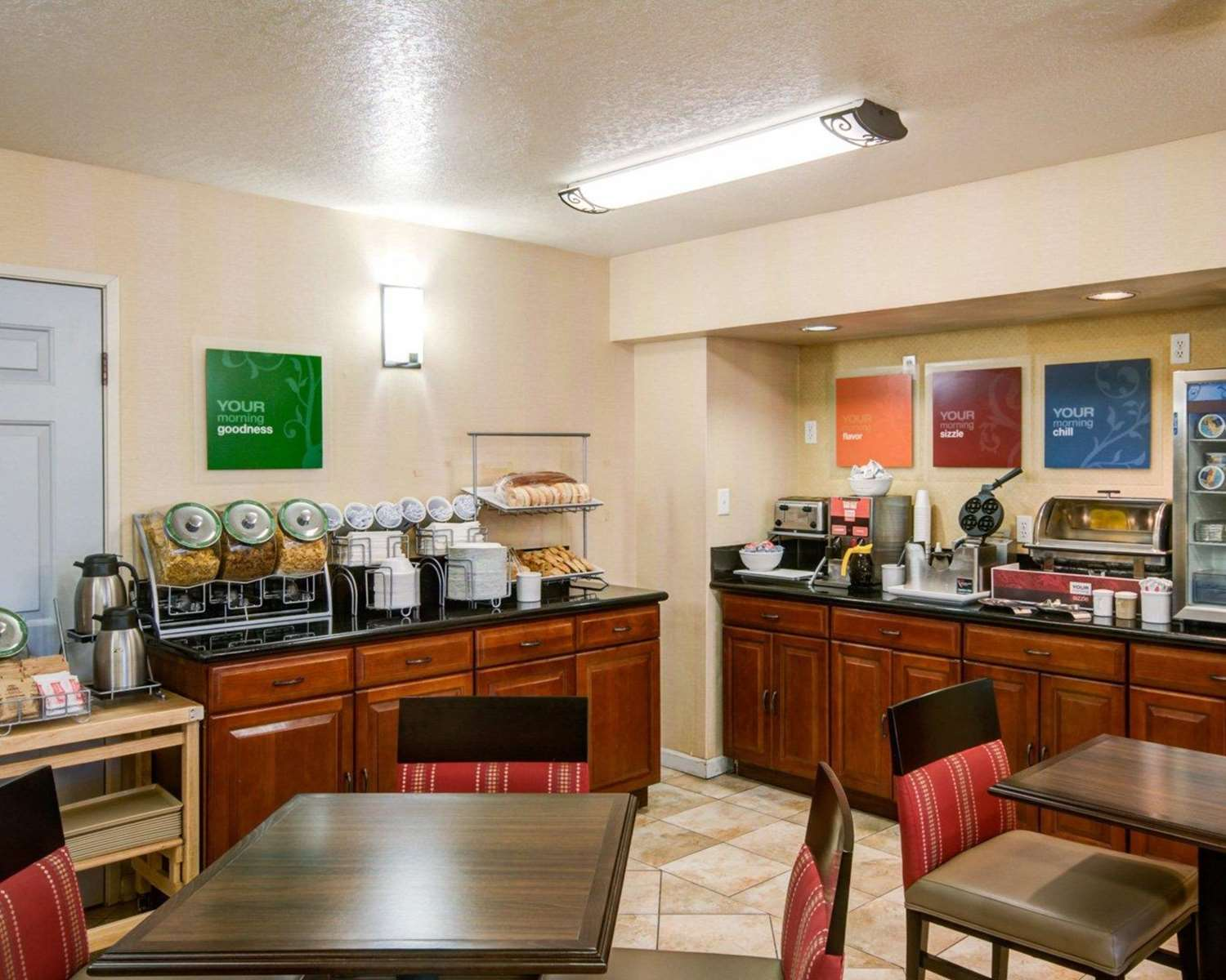 Restaurant - Comfort Inn Redding