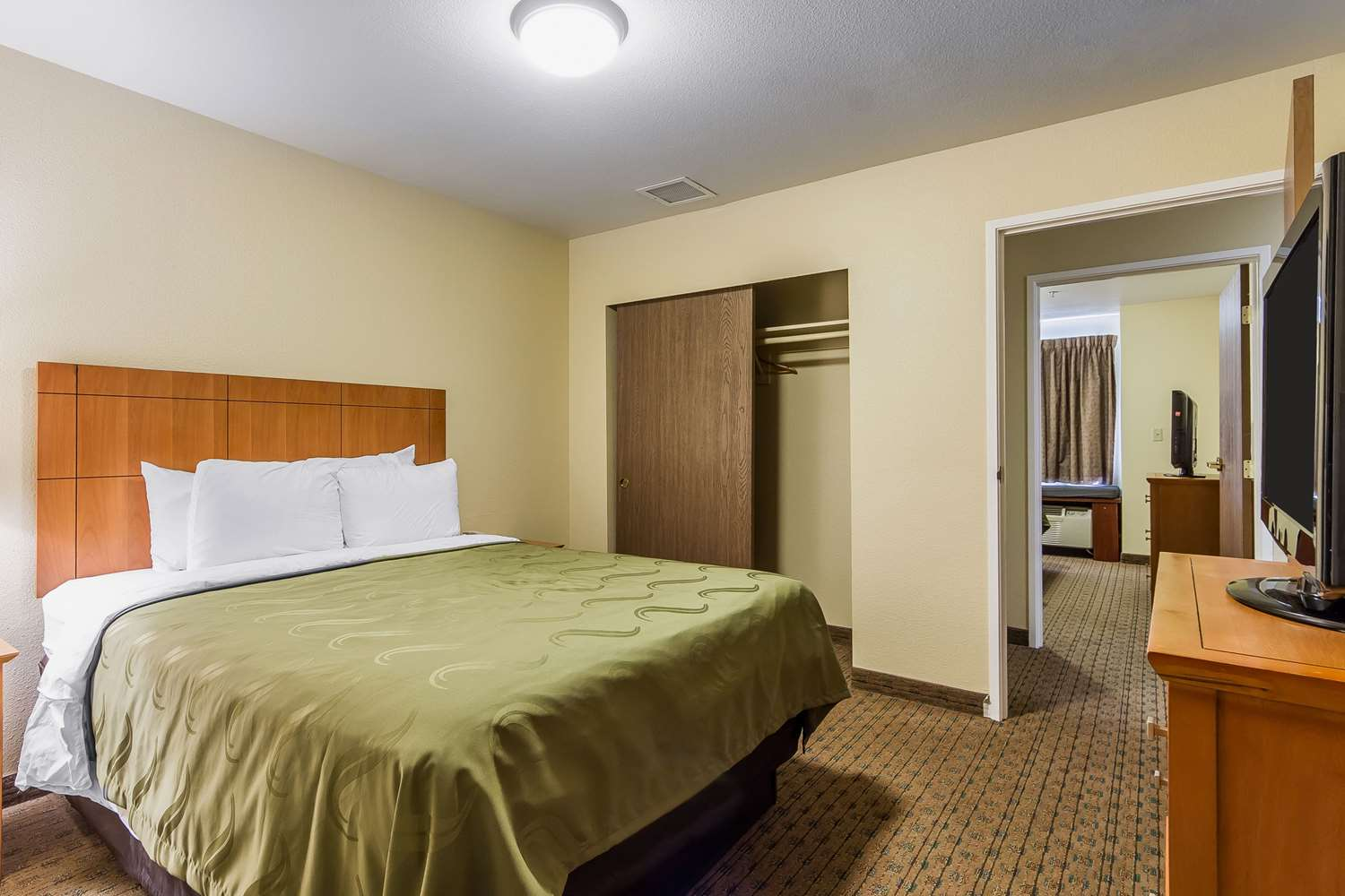 Suite - Quality Inn & Suites Santa Rosa