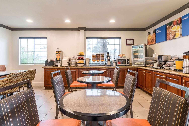Restaurant - Comfort Inn Eureka