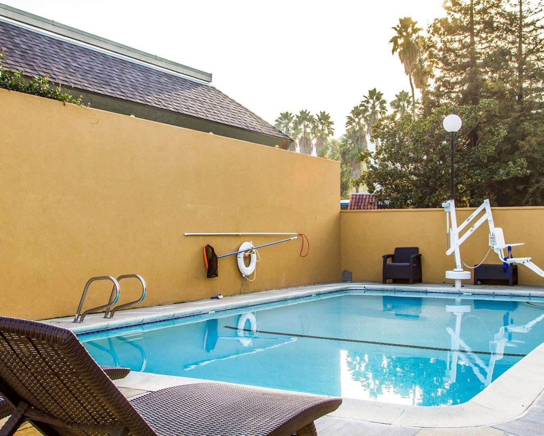 Quality inn martinez ca see discounts - John martinez school new haven swimming pool ...