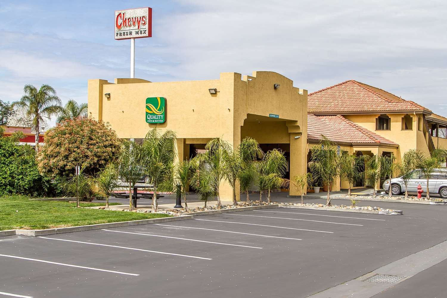 Exterior view - Quality Inn & Suites Gilroy