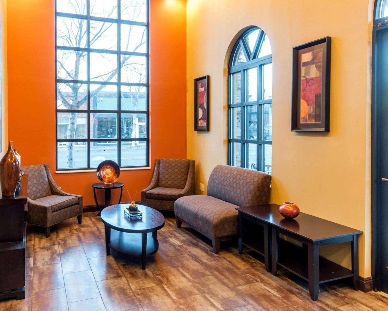 Lobby - Quality Inn Chico