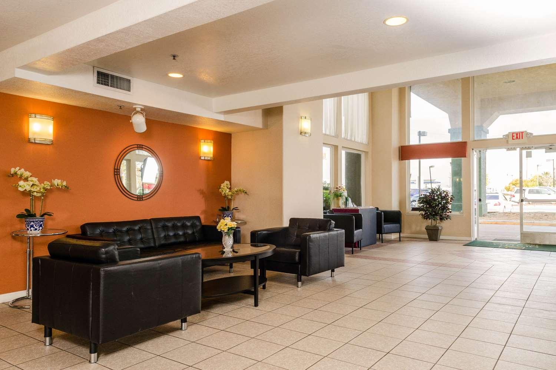 Lobby - Quality Inn & Suites Lathrop