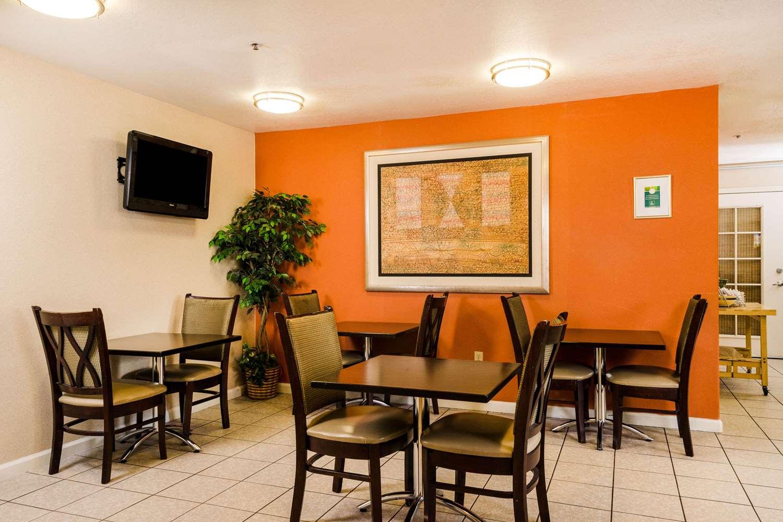 Restaurant - Quality Inn & Suites Lathrop