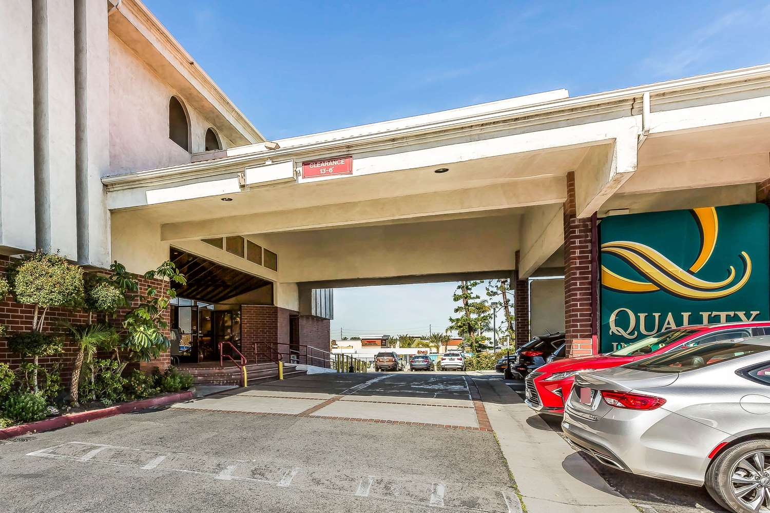 Exterior view - Quality Inn & Suites Lake Forest