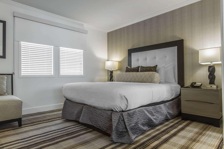 Suite - Inn Off Capitol Park Sacramento