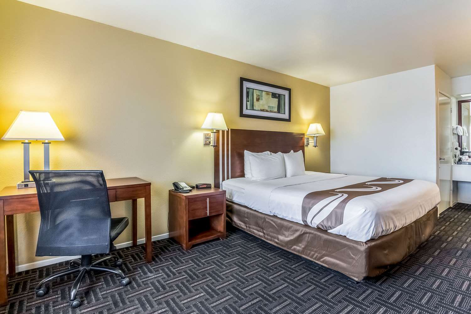 Room - Quality Inn North Fresno