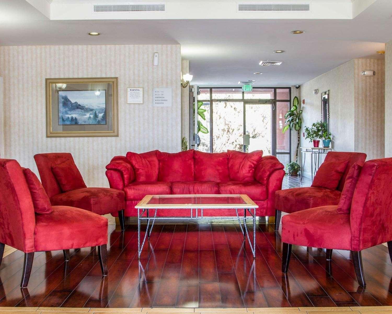Lobby - Rodeway Inn Watsonville