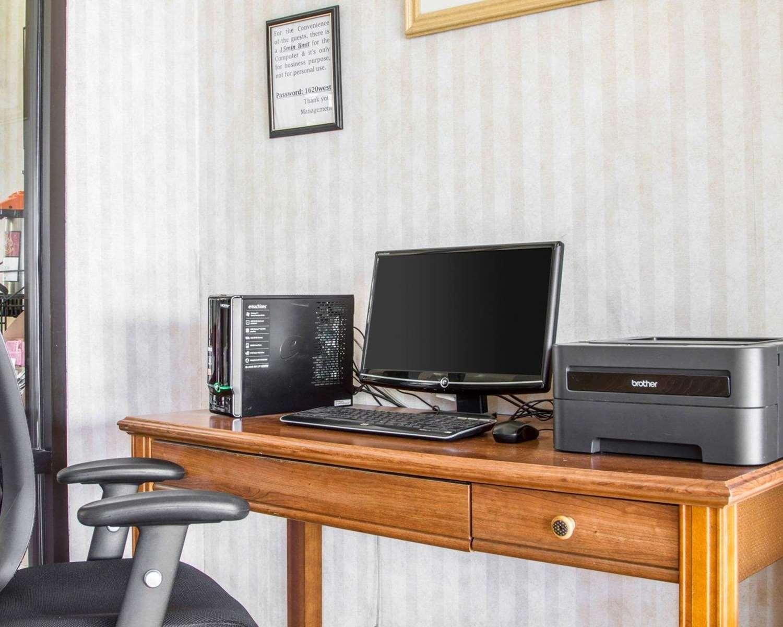 Conference Area - Rodeway Inn Watsonville