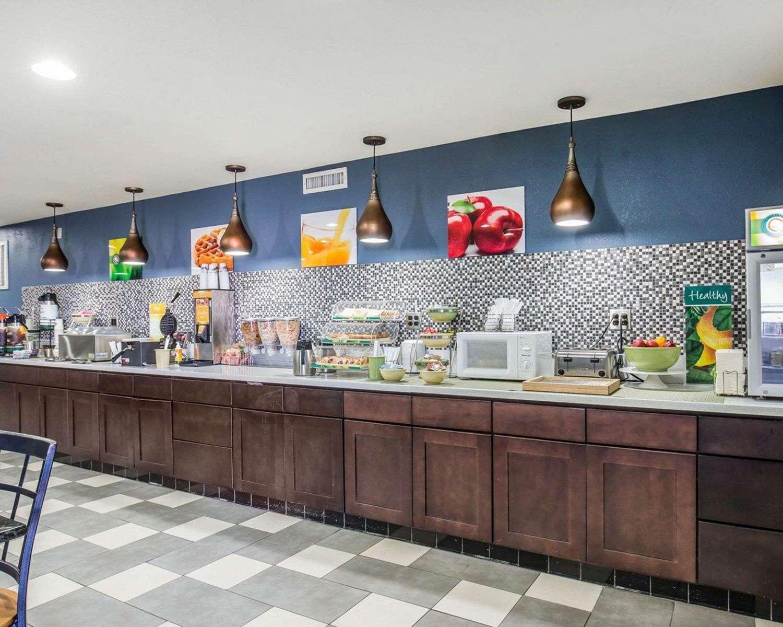 Restaurant - Rodeway Inn & Suites Needles