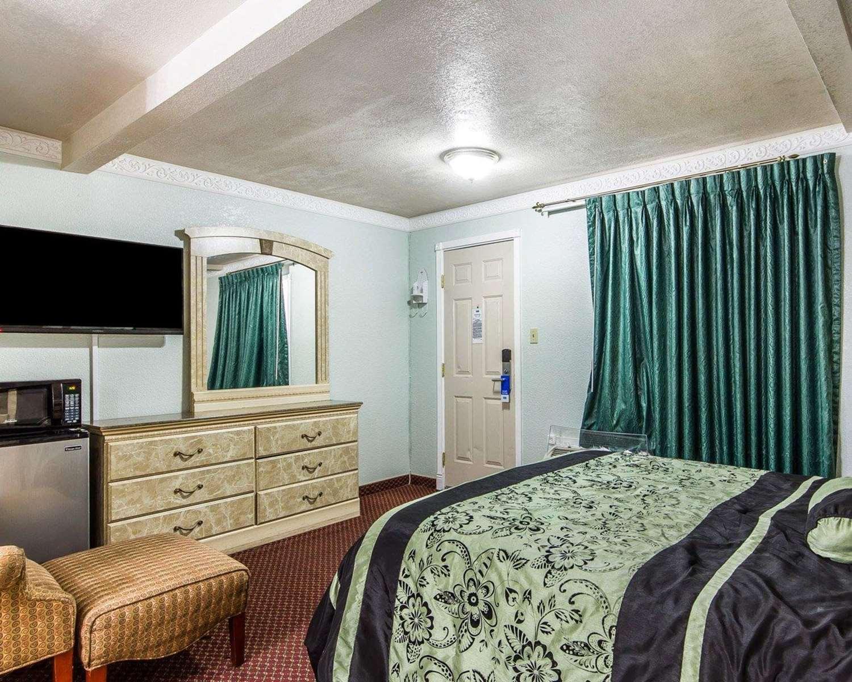 Suite - Rodeway Inn Chico