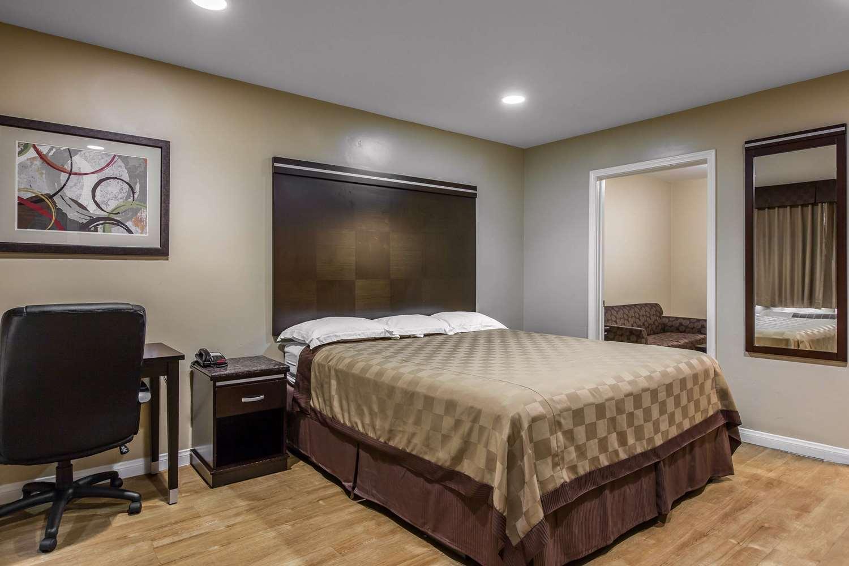 Suite - Rodeway Inn & Suites Chula Vista