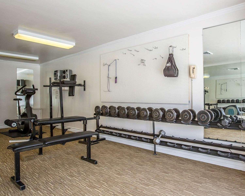 Fitness/ Exercise Room - Clarion Inn Ridgecrest