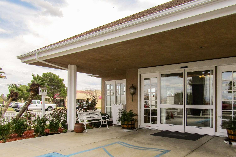 Exterior view - Clarion Inn Ridgecrest