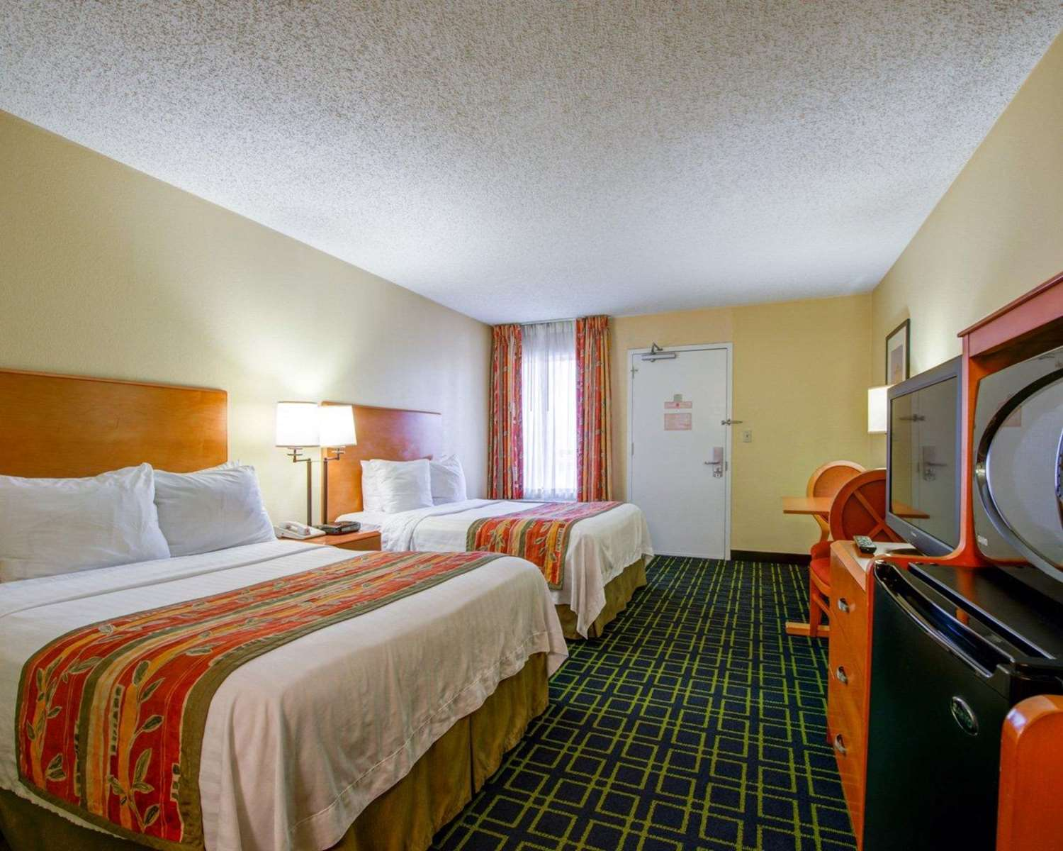 Room - Quality Inn Placentia