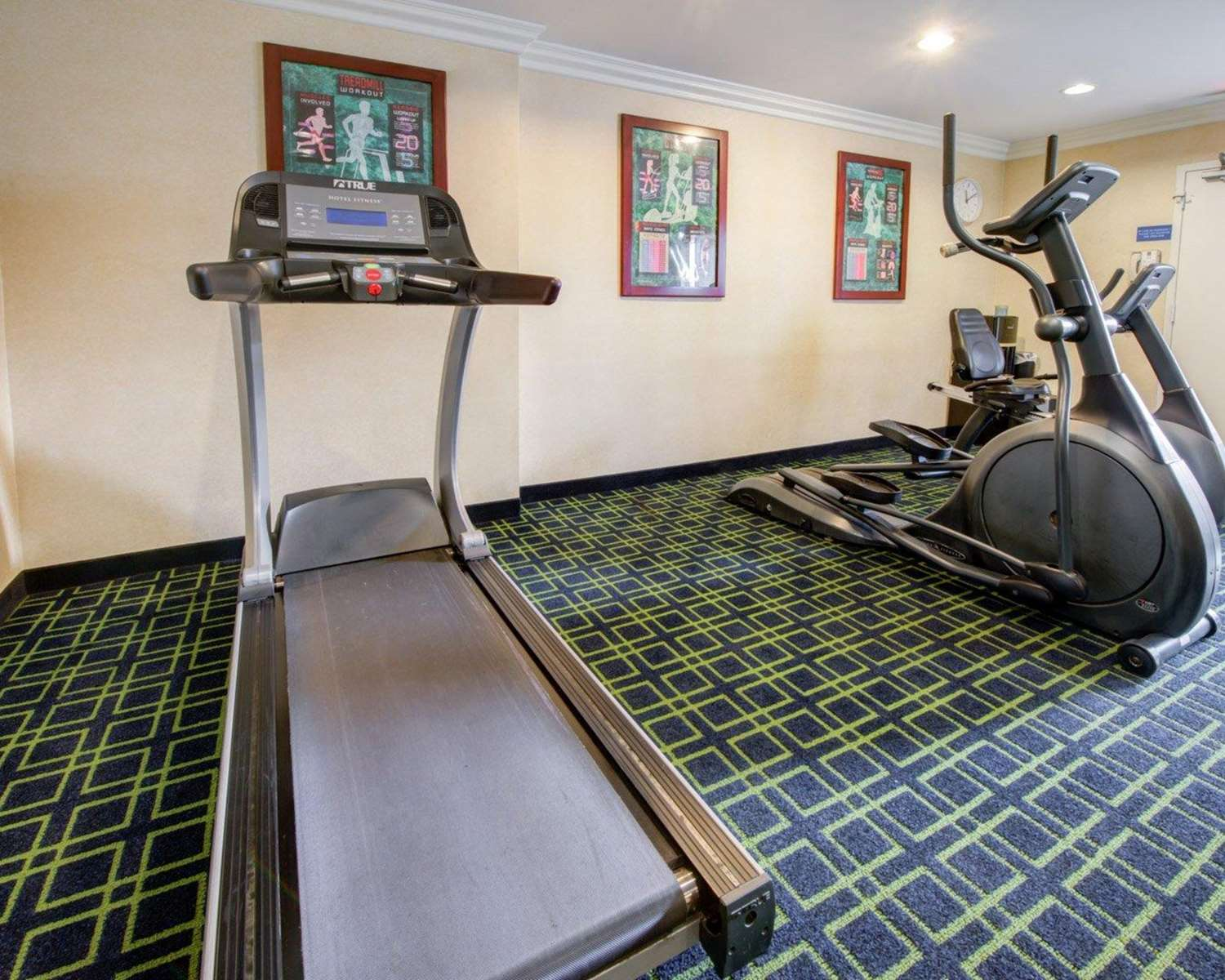 Fitness/ Exercise Room - Quality Inn Placentia