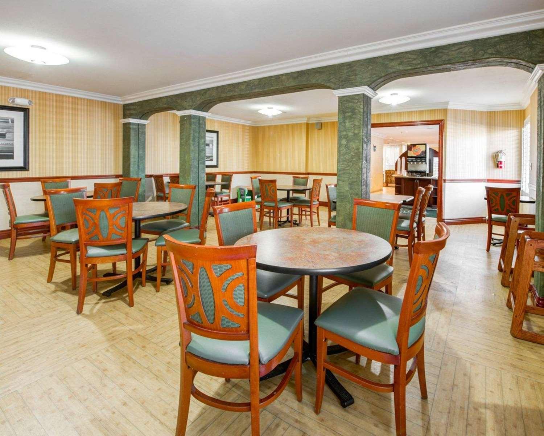 Restaurant - Quality Inn Placentia