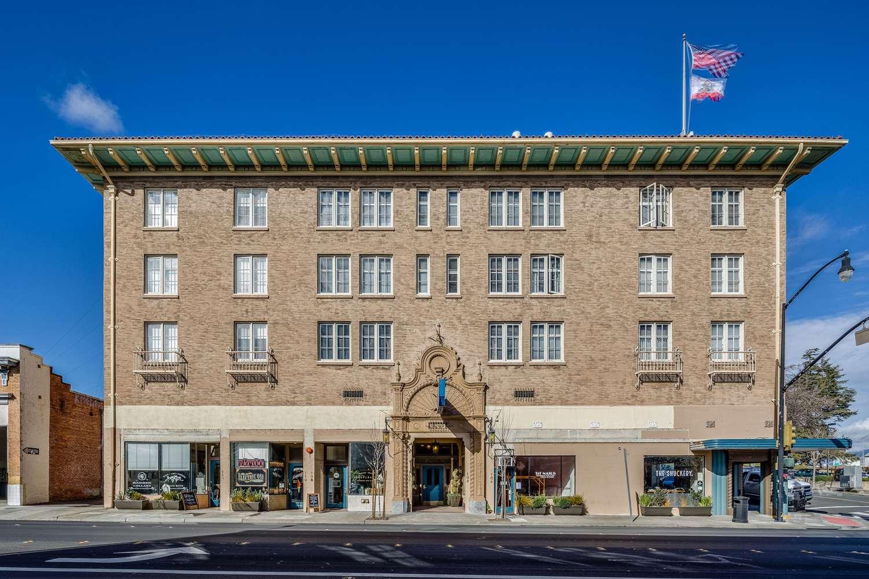 Exterior view - Hotel Petaluma