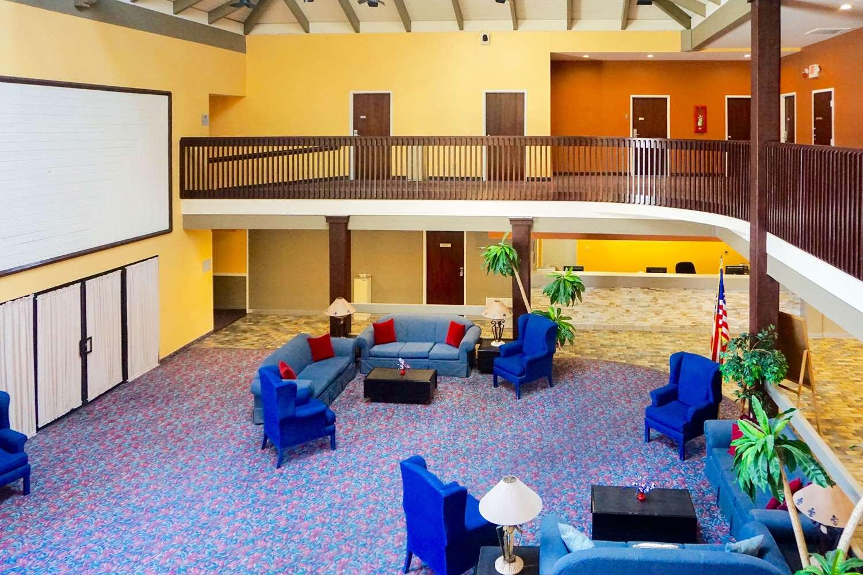 Lobby - Rodeway Inn & Suites Ridgecrest