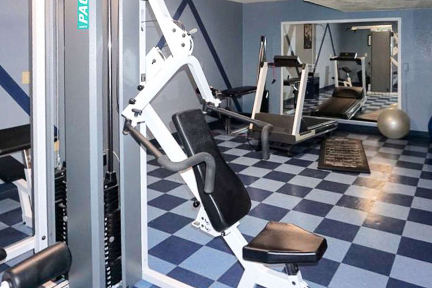 Fitness/ Exercise Room - Rodeway Inn & Suites Ridgecrest