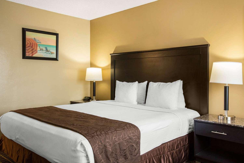 Chula Vista Resort Review Updated Rates Sep 2019: Quality Inn Chula Vista, CA