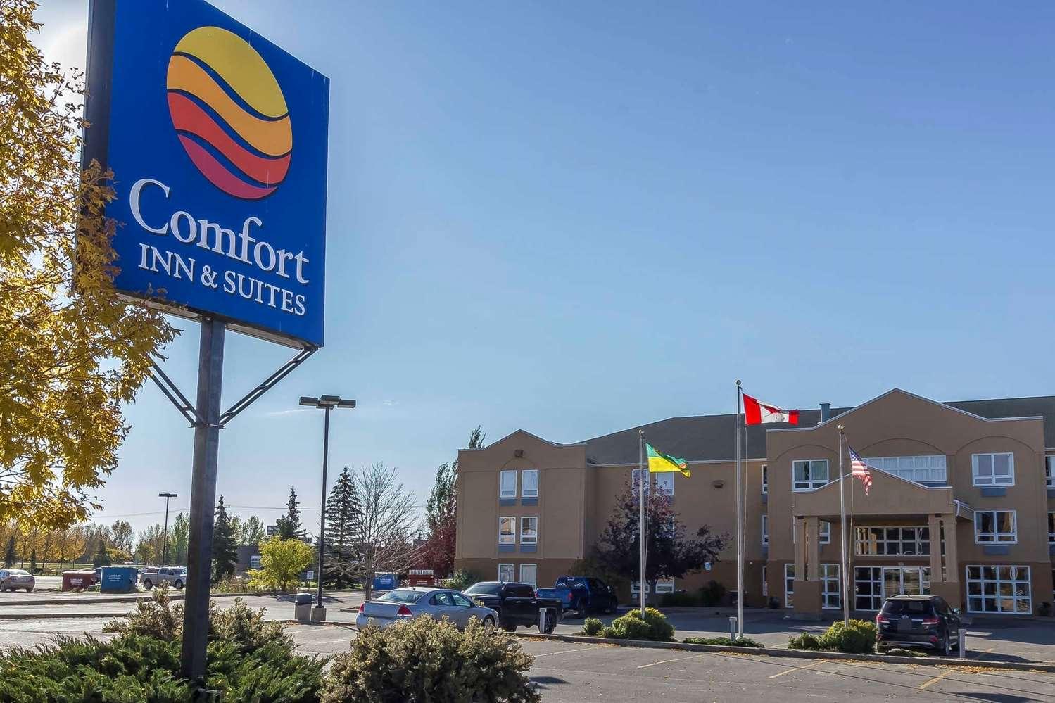 Exterior view - Comfort Inn & Suites Moose Jaw