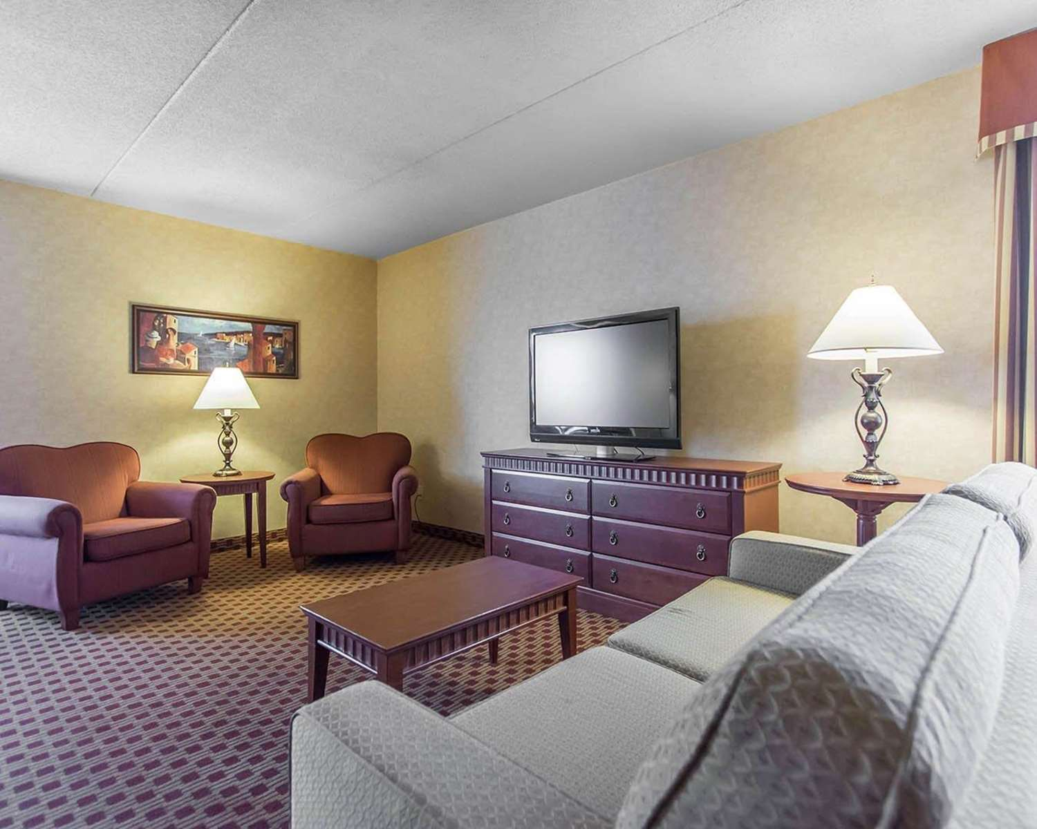 Room - Quality Inn Bay Front Sault Ste Marie