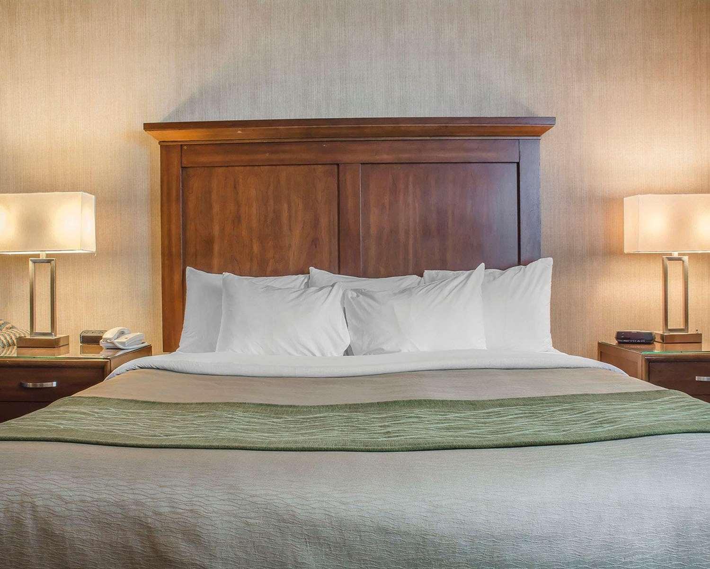 Room - Comfort Inn Port Hope