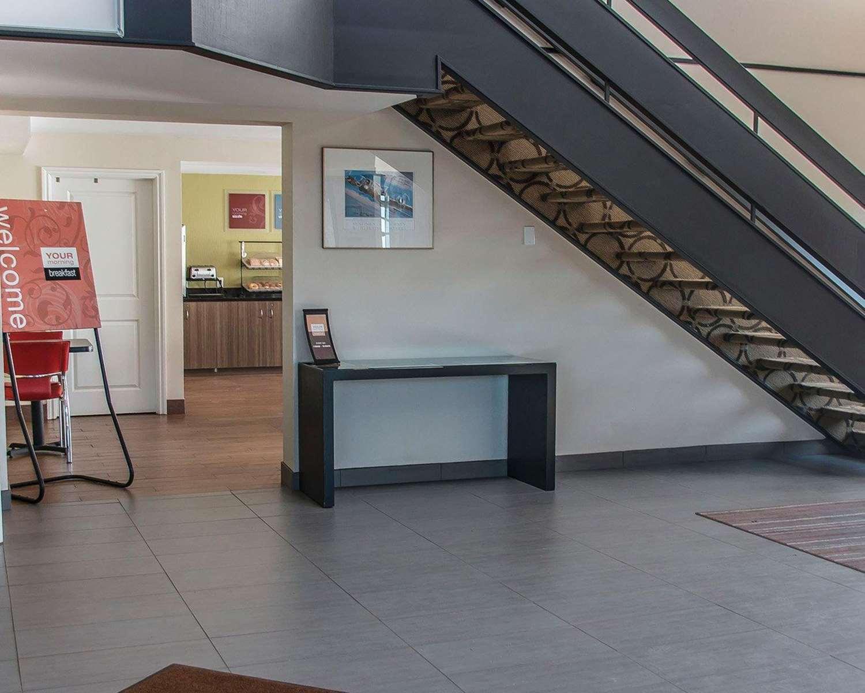 Lobby - Comfort Inn Brandon