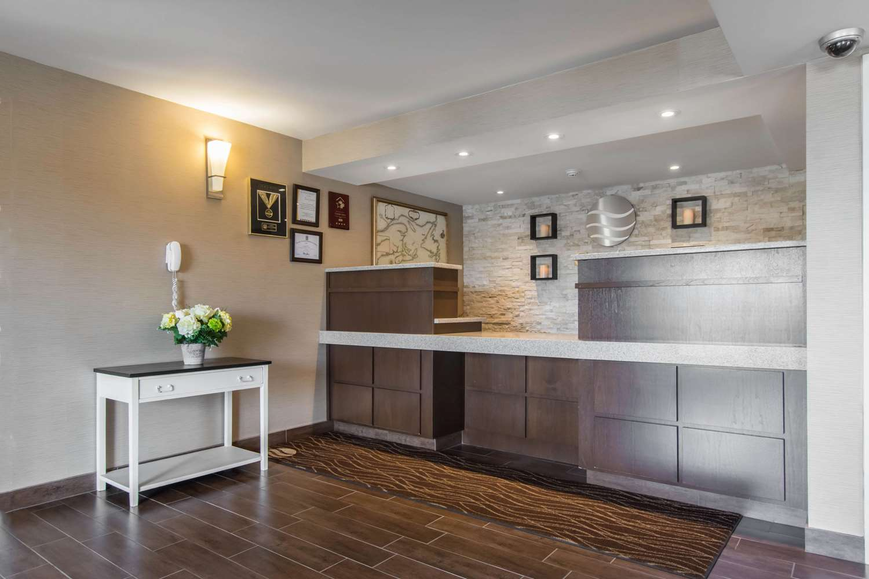Lobby - Comfort Inn Dartmouth