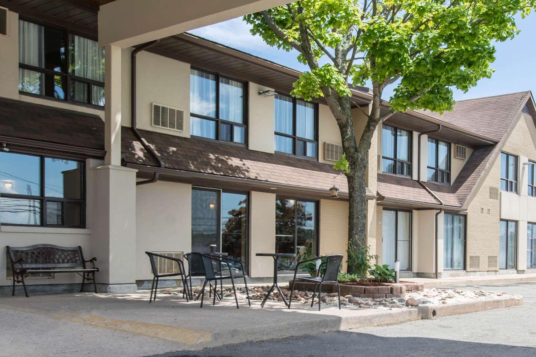 Exterior view - Comfort Inn Dartmouth