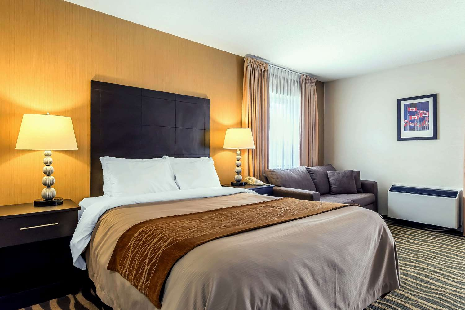 Room - Comfort Inn Barrie
