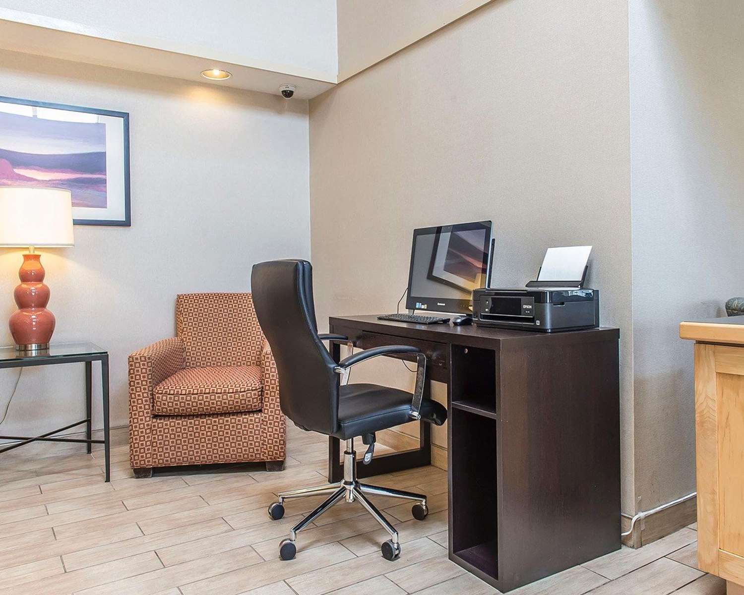 Conference Area - Comfort Inn Hwy 401 Kingston