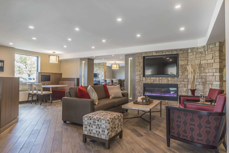 Lobby - Comfort Inn Oshawa