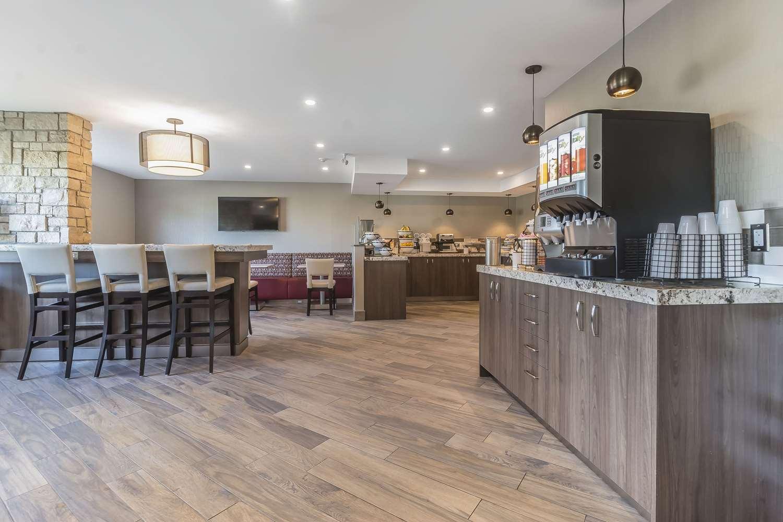 Restaurant - Comfort Inn Oshawa