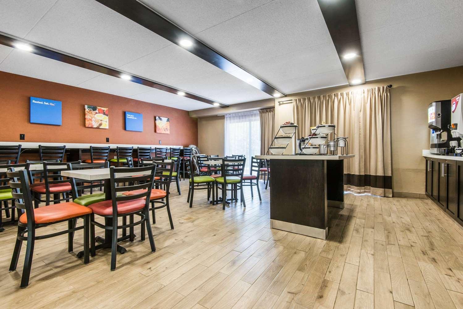 Restaurant - Comfort Inn Owen Sound