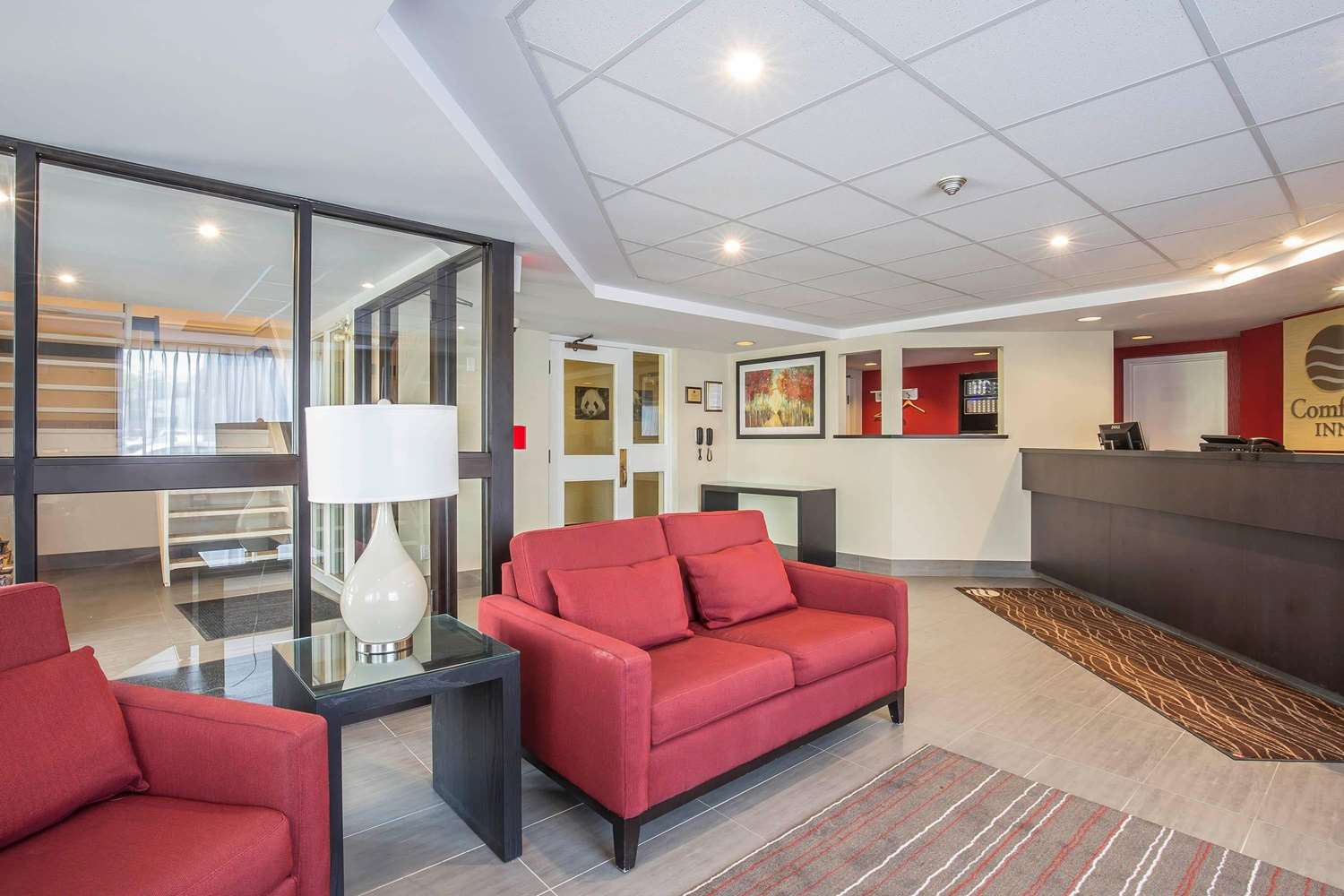 Lobby - Comfort Inn Pickering