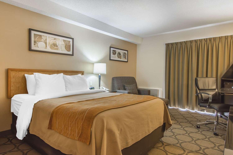 Room - Comfort Inn Magnetic Hill Moncton
