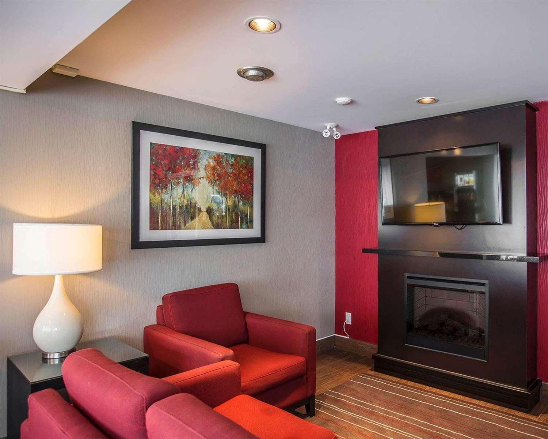 Lobby - Comfort Inn Ottawa