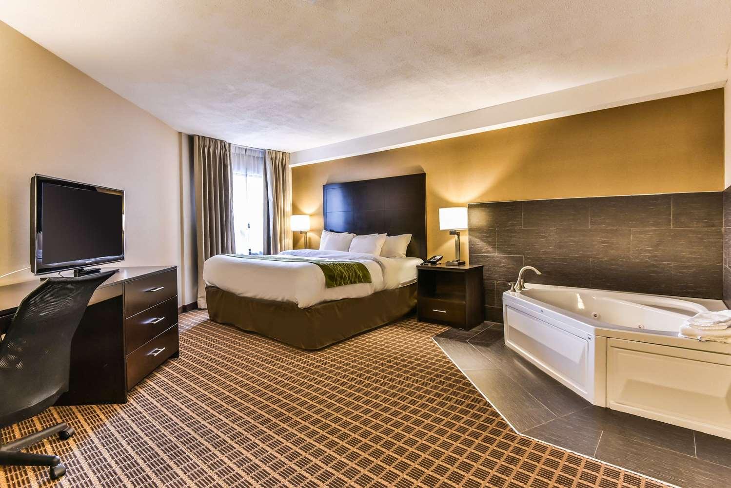 Suite - Comfort Inn Windsor