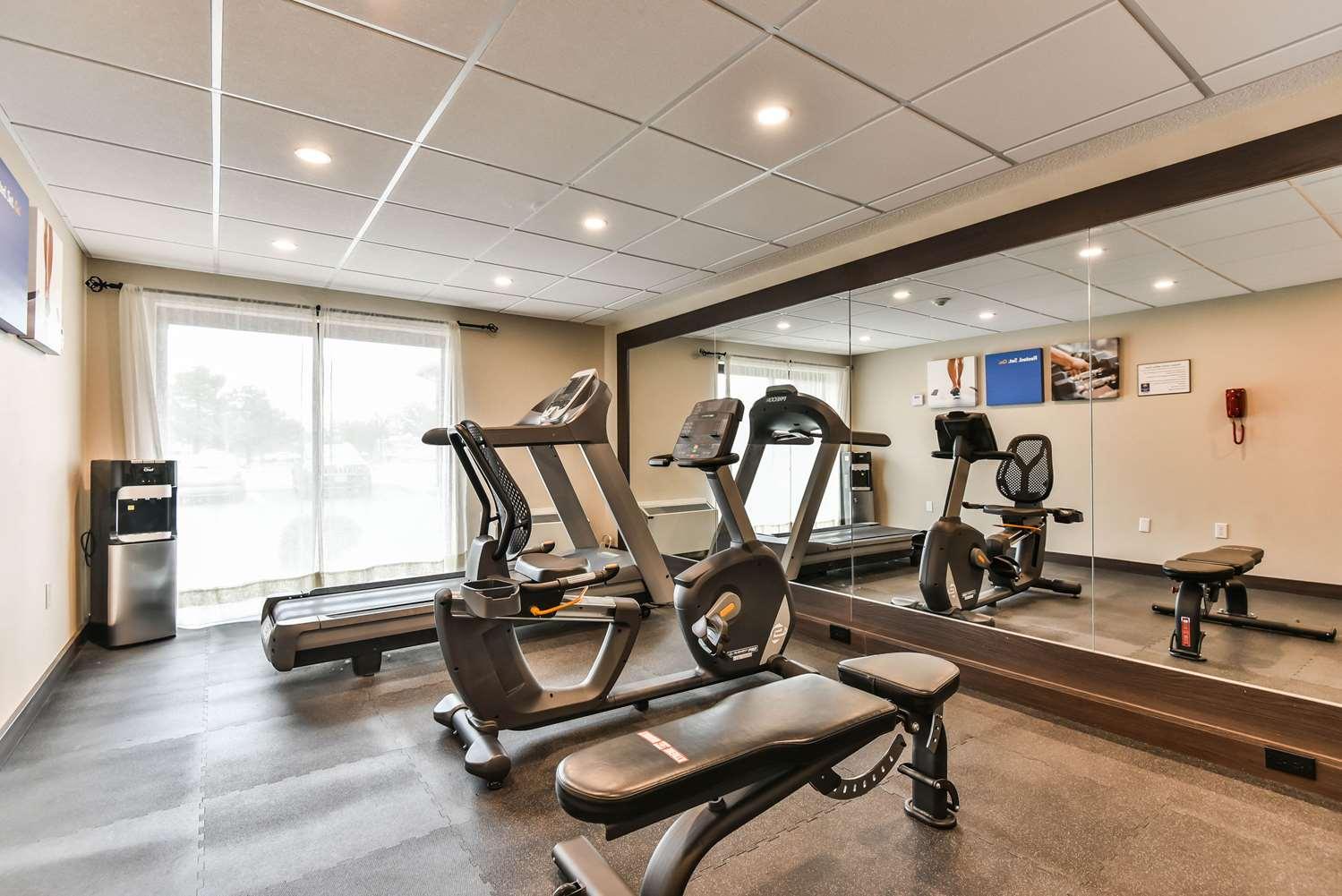 Fitness/ Exercise Room - Comfort Inn Windsor