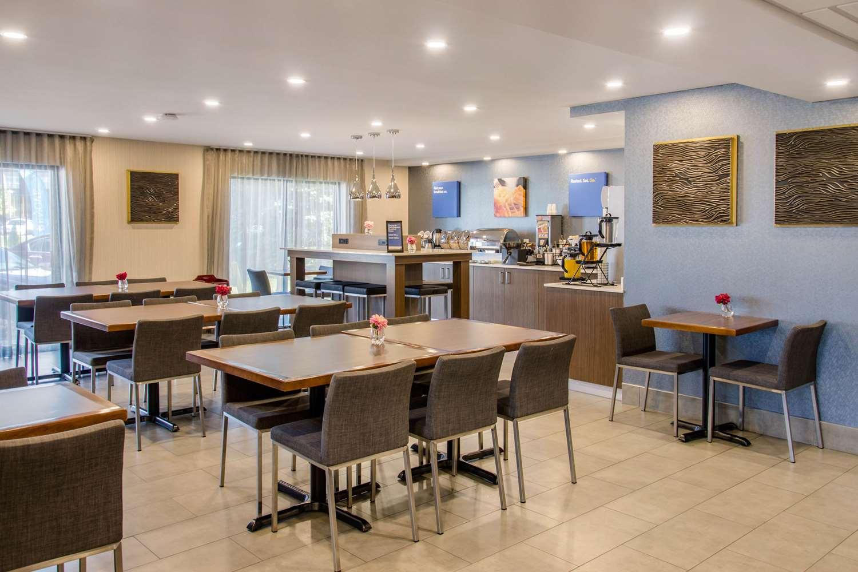 Restaurant - Comfort Inn Montreal Airport Dorval