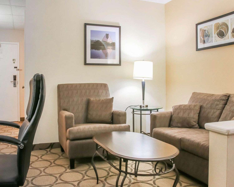 Room - Comfort Inn South Winnipeg