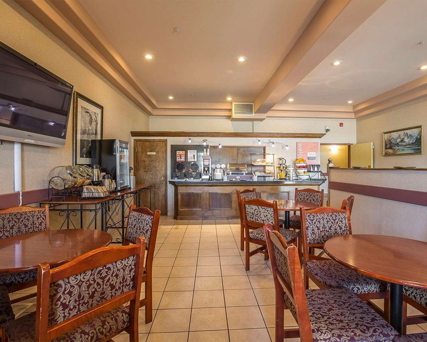 Restaurant - Comfort Inn Lethbridge