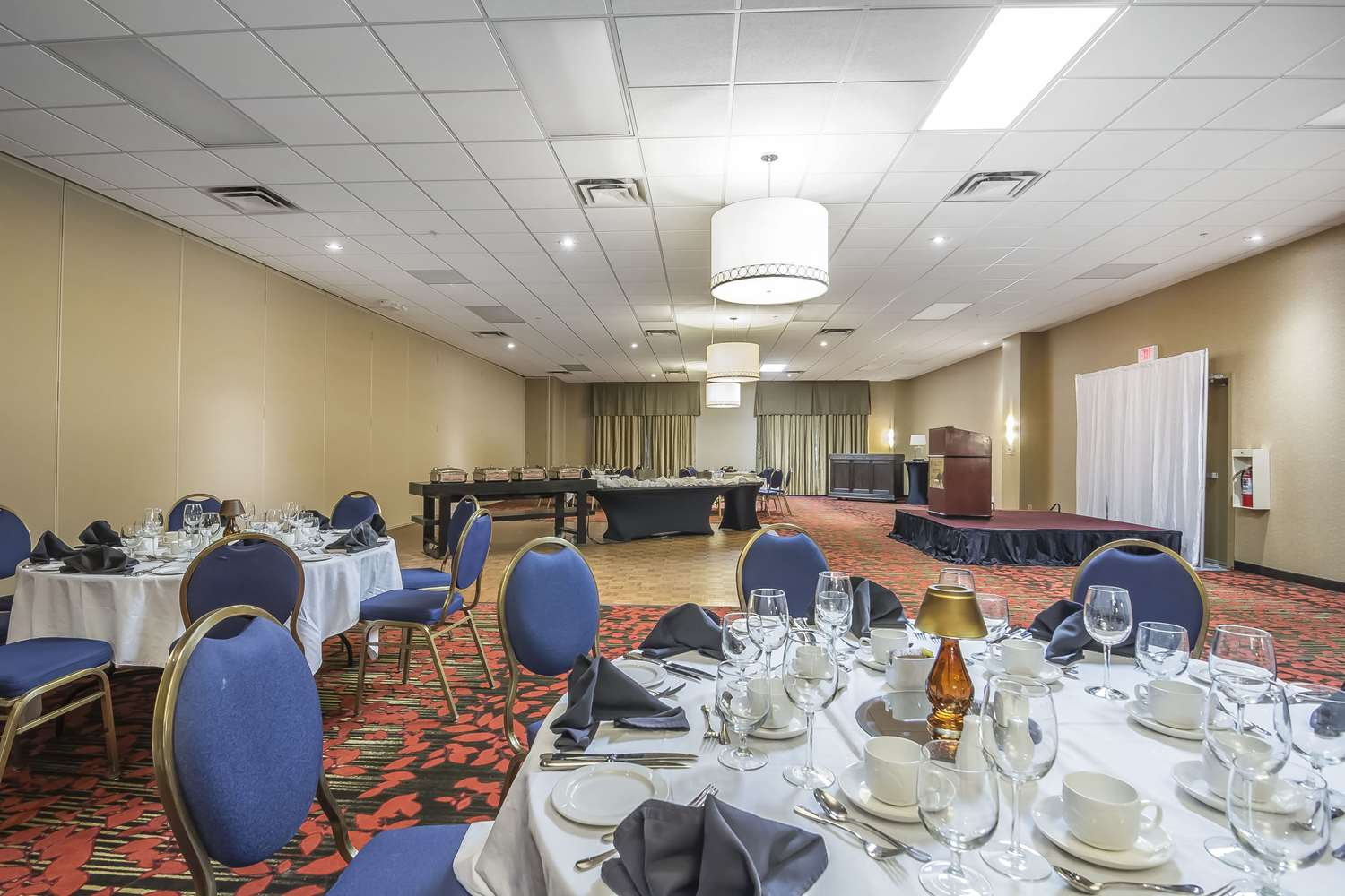 Meeting Facilities - Quality Hotel & Conference Centre Fort McMurray