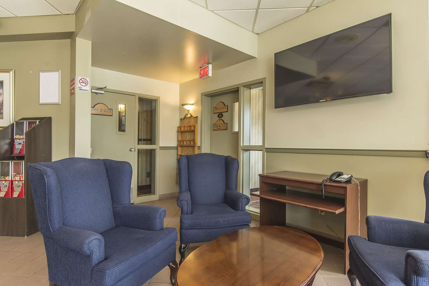 Lobby - Quality Hotel & Suites Sherbrooke