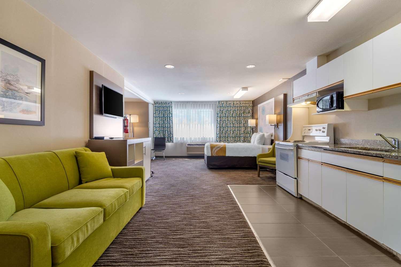 Amazing Quality Inn Kamloops Bc See Discounts Uwap Interior Chair Design Uwaporg